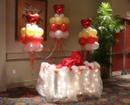 focal table with balloon clouds